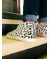 ZARA「Sneakers」