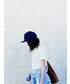URBAN OUTFITTERS「Cap」