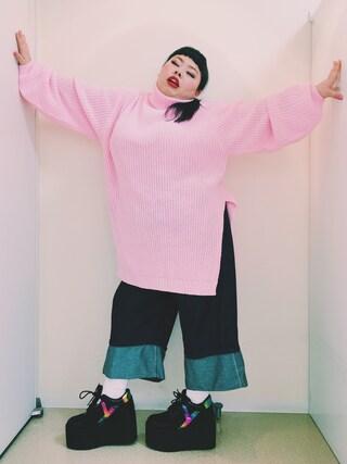 渡辺直美さんの「折り返しデニムパンツ(PUNYUS|PUNYUS)」を使ったコーディネート