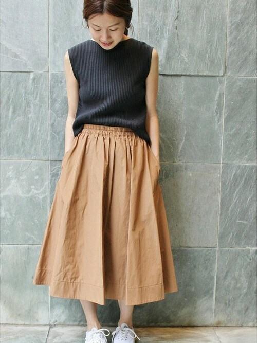 IENA 本社|Suzyさんのスカート「タフタ サーキュラースカート◆(IENA|イエナ)」を使ったコーディネート