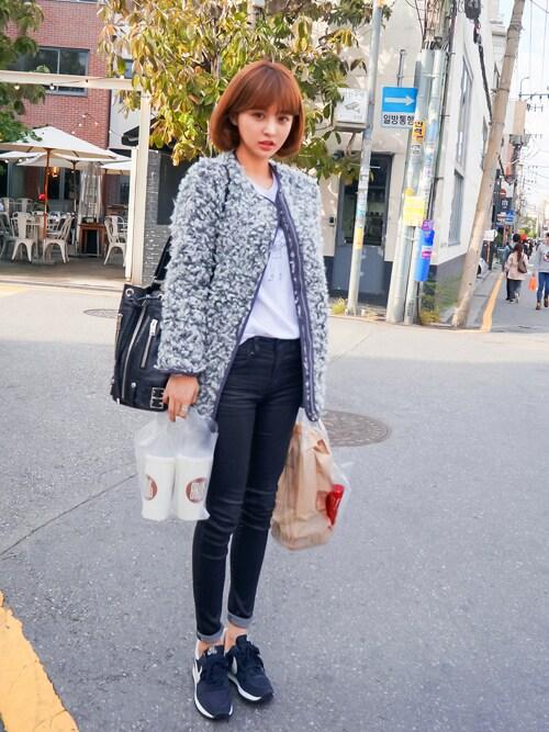 jihyun_imvelyさんの「プークレージップアップジャケット(imvely)」を使ったコーディネート