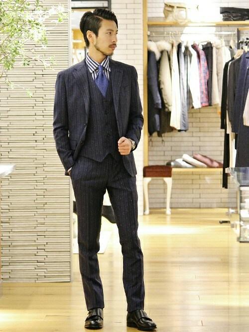 【季節別】メンズにおすすめのストライプシャツコーデ|スーツ