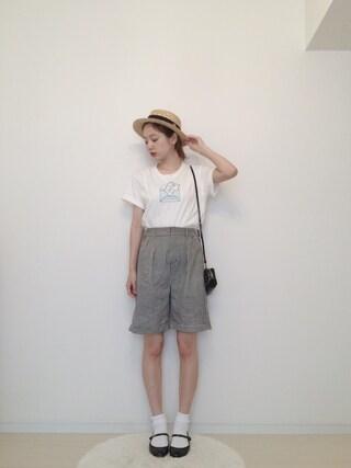 AMOさんの「Haruneコラボ レタープリントTシャツ(RUBY AND YOU|ルビー アンド ユー)」を使ったコーディネート