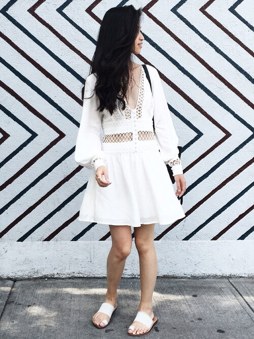 「Free People I Think I Love You Mini Dress(Free People)」 using this VANNY looks