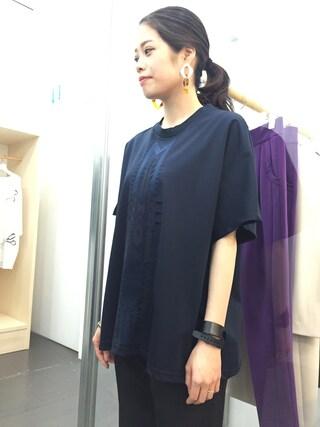 casaguccaさんの「刺繍Tシャツ(mame|マメ)」を使ったコーディネート
