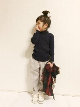 yuuunaさんのニット/セーター「ベーシック無地タートルネックニットプルオーバー(petit main|プティマイン)」を使ったコーディネート