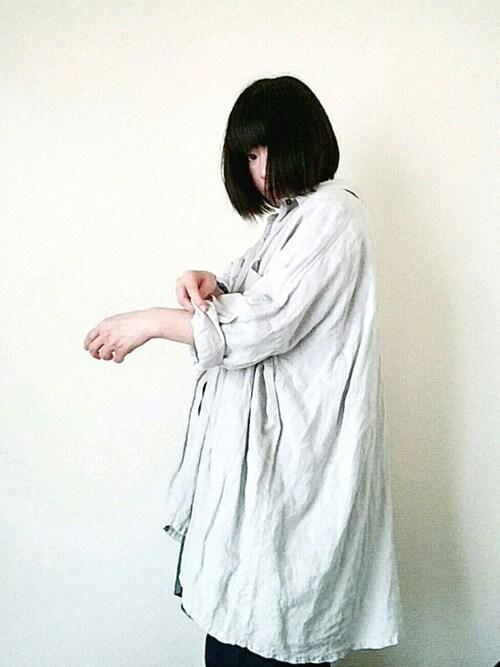 mayukiさんの「リネンビッグシャツ グレー(nest Robe)」を使ったコーディネート