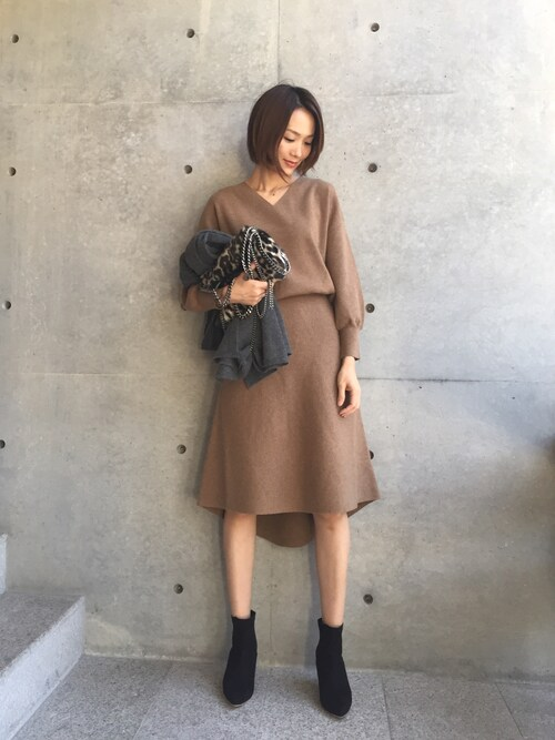 aquagirl PRESSさんの「【CLASSY.コラボ】小泉里子さん着用ニットワンピース(aquagirl)」を使ったコーディネート