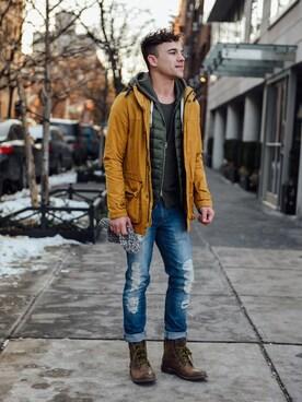 (UNIQLO) using this Justin Livingston looks
