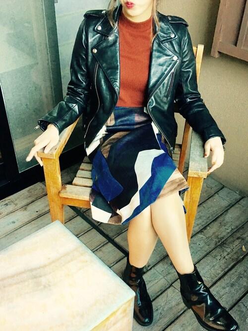 Kayさんの「ジオメテクスチャーアシメスカート(UNITED TOKYO)」を使ったコーディネート