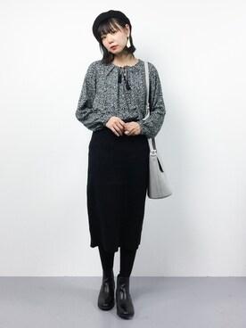 ZOZOTOWN|ambiさんの「ファインメリノ セッケツスカート#(JOURNAL STANDARD|ジャーナルスタンダード)」を使ったコーディネート