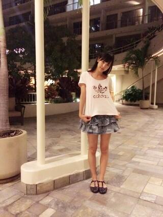 飯窪春菜さんの「オリジナルス Tシャツ [LOGO TEE ROSE](adidas アディダス)」を使ったコーディネート