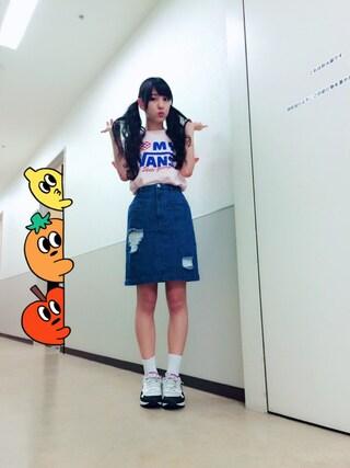 飯窪春菜さんの「VANS × Aymmy MY GARAGE Tシャツ(VANS|バンズ)」を使ったコーディネート