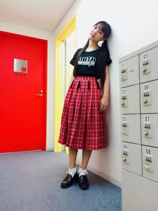 飯窪春菜さんの「DIKIGENT GIRL プリーツスカート(Aymmy in the batty girls|エイミー インザ バッティー ガール)」を使ったコーディネート