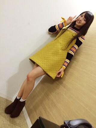 飯窪春菜さんの「レトロジャンパースカート(dazzlin ダズリン)」を使ったコーディネート