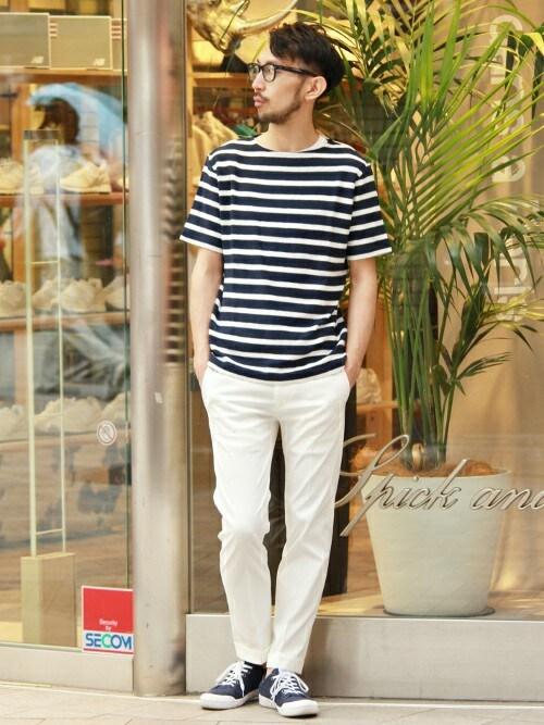 ボートネックボーダーTシャツ×ホワイトパンツ 画像1
