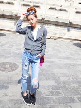 (adidas) using this Lin Yang looks