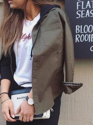 今井華さんの「nightlife Tシャツ(FLOVE|フローブ)」を使ったコーディネート