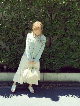 菊地亜美さんの「BOYFRIEND JEAN JACKET(rag & bone|ラグアンドボーン)」を使ったコーディネート