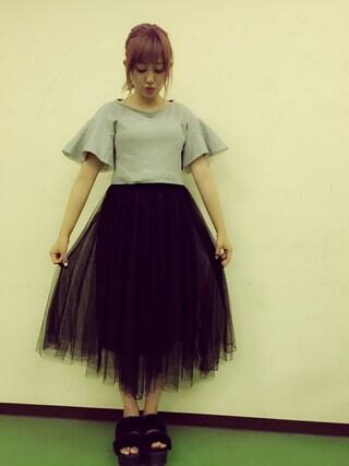 菊地亜美さんの「◆新色追加◆チュールレースロングスカート(NEY|ニー)」を使ったコーディネート