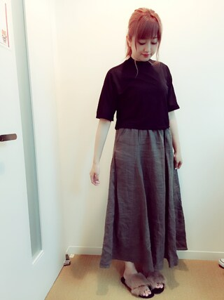 菊地亜美さんの「【MODE】スタンドドルマンTOPS(MURUA ムルーア)」を使ったコーディネート
