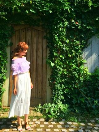 菊地亜美さんの「タイプライターマキシスカート(MIIA|ミーア)」を使ったコーディネート
