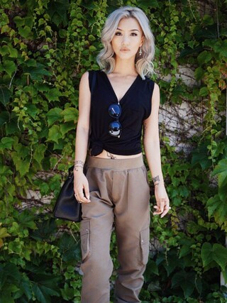 「CLASSIC TANK WITH POCKET(T BY ALEXANDER WANG)」 using this Gigi Lam looks