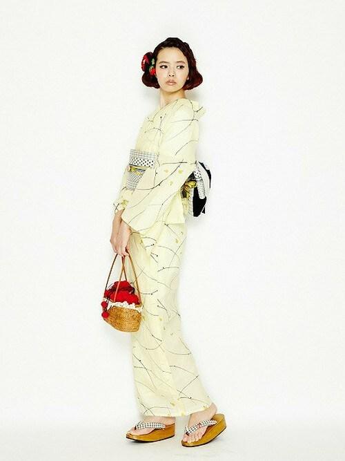 黄色系 アンティーク風 30代ママ 綿絽素材 赤色小物