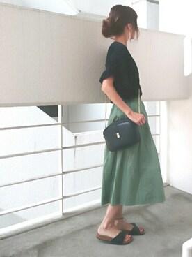 Ayaさんの「袖フリルVネックTシャツ/AEBFC ソデフリルV/N T(Another Edition|アナザーエディション)」を使ったコーディネート