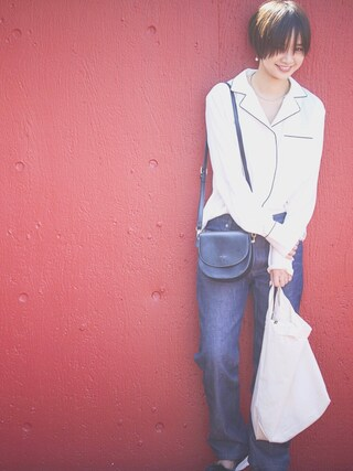 西本早希さんの「【西本早希×Le Vernisコラボ】スターショルダー+トートバッグ 2点セット(Le Vernis|ル・ベルニ)」を使ったコーディネート