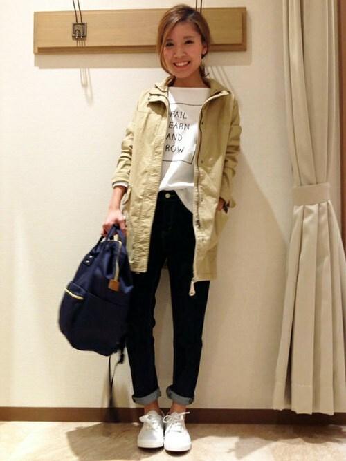 ikka STORE|ikka STORE Women's STAFFさんのマウンテンパーカー「マンパーハーフコート(ikka|イッカ)」を使ったコーディネート