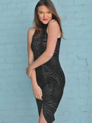 (fashion international co) using this Faye  looks