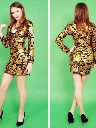 (Fashion International Company) using this Faye  looks