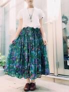 グリモのスカートとネックレス 夏っぽくて涼しくて可愛い〜!今日から仕事復帰ー!嬉しい!がんばろー!