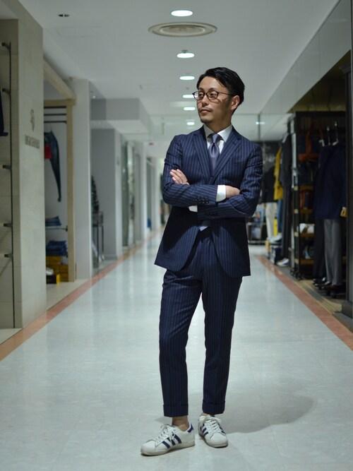 大場 貴友さんの「コットンシャンブレーツイルシャツ(TAKEO KIKUCHI)」を使ったコーディネート