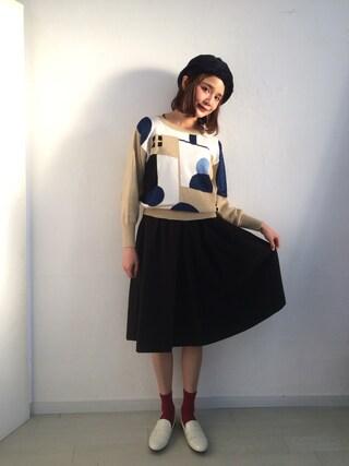 村田倫子さんの「前タックミディギャザースカート(ViS|ビス)」を使ったコーディネート