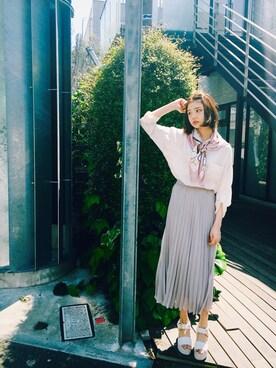 村田倫子さんの「ホースプリントスカーフ(ROPE' PICNIC|ロペピクニック)」を使ったコーディネート
