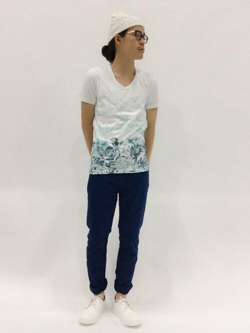 ZOZOTOWN | ナカニシアキラさんのスニーカー「BLUE TORNADO BLUE TORNADO∴スニーカー」を使ったコーディネート