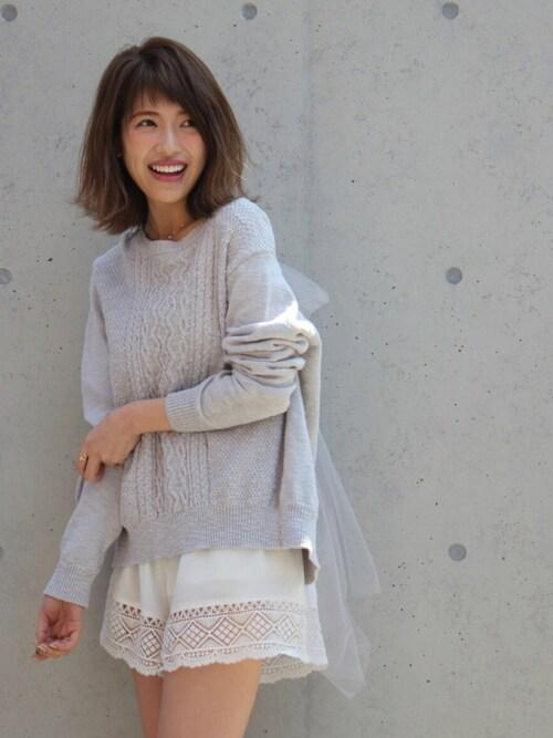舟山久美子の美脚画像