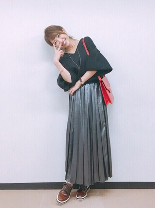 舟山久美子♡くみっきーさんの「<高橋愛さんコラボ>ラブ&ピースプロジェクト ミラノリブ編み袖ぷっくりVネックニット(haco!|ハコ)」を使ったコーディネート