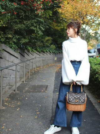 舟山久美子♡くみっきーさんの「シースルーコンビータートルニット(MICOAMERI|ミコアメリ)」を使ったコーディネート
