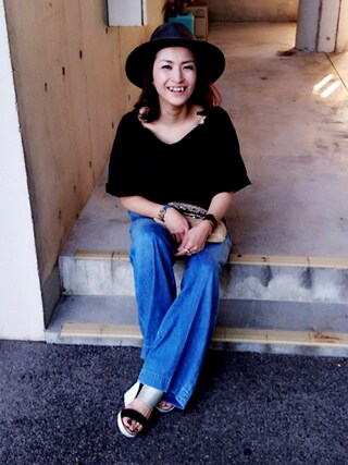 Hitomiさんの「【追加】denim center press wide pants(ブルーデニムワイドパンツ)(DRESSLAVE|ドレスレイブ)」を使ったコーディネート