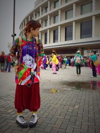 ロシアン佐藤♡hitomi♡俄羅斯佐藤さんの「桃神祭 ももかTシャツ (smooch)」を使ったコーディネート