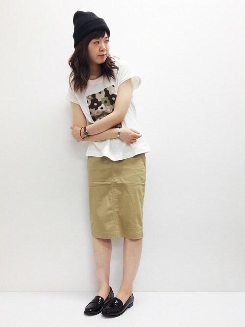 おかださんの「ベルト付きタイトスカート(ikka)」を使ったコーディネート