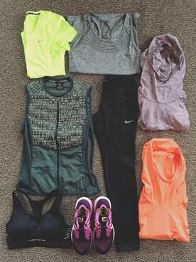 猪鼻ちひろさんの「【Nike】Epic Cool Running Crop(NIKE|ナイキ)」を使ったコーディネート