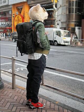 Revelations/|ザッシュ(仮称)さんの「月曜美術倶楽部(Monday Art Club) × TOKYO DEMOCRACY MA-1(Revelations/|レベレーションズ)」を使ったコーディネート