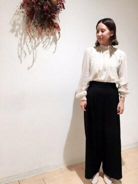 Dot&StripesCHILD WOMAN.atelier|norikoさんの「TRツイルダブルクロス ウエストフリル付き太ストレートパンツ(Dot&Stripes CHILD WOMAN)」を使ったコーディネート