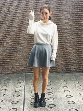 阿久津ゆりえさんの「<高橋愛さんコラボ>ラブ&ピースプロジェクト ワッフル素材のすっきりパーカー(メンズ)(haco! ハコ)」を使ったコーディネート