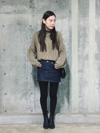 阿久津ゆりえさんの「ミニスカート(A.P.C.|アー・ペー・セー)」を使ったコーディネート