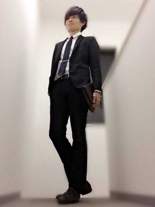 スーツの後ろ姿がかっこいい理由・特徴|切れ目/スキッパー